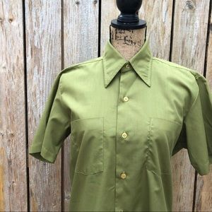 VINTAGE 50s ARMY GREEN SHORT SLEEVE BUTTON DOWN